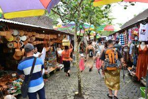 Tanah Lot market